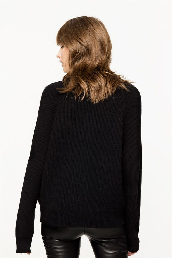 Kassy sweater