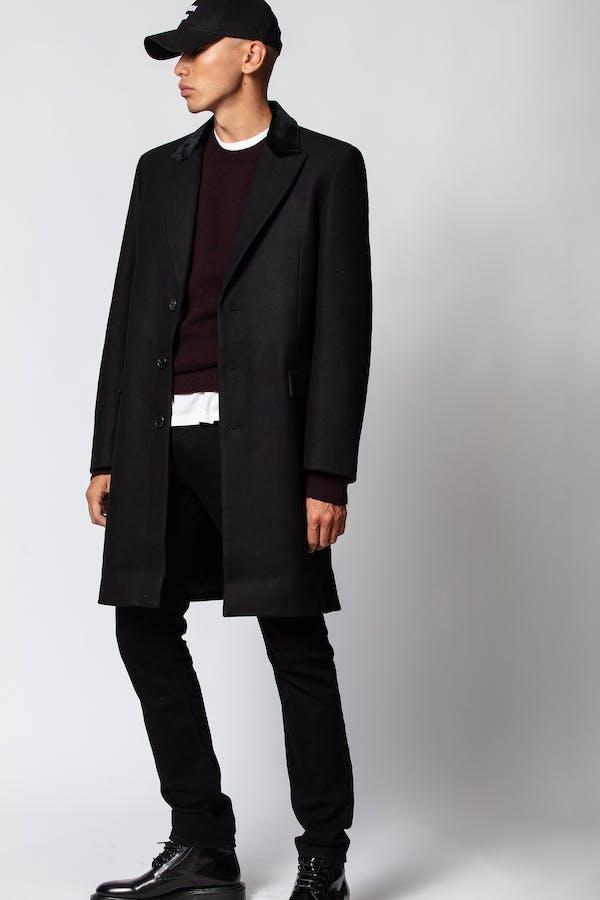 Mendel Velvet Coat