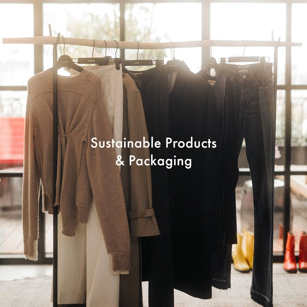 Banner redirecting the user to a new page regarding sustainable products and packaging