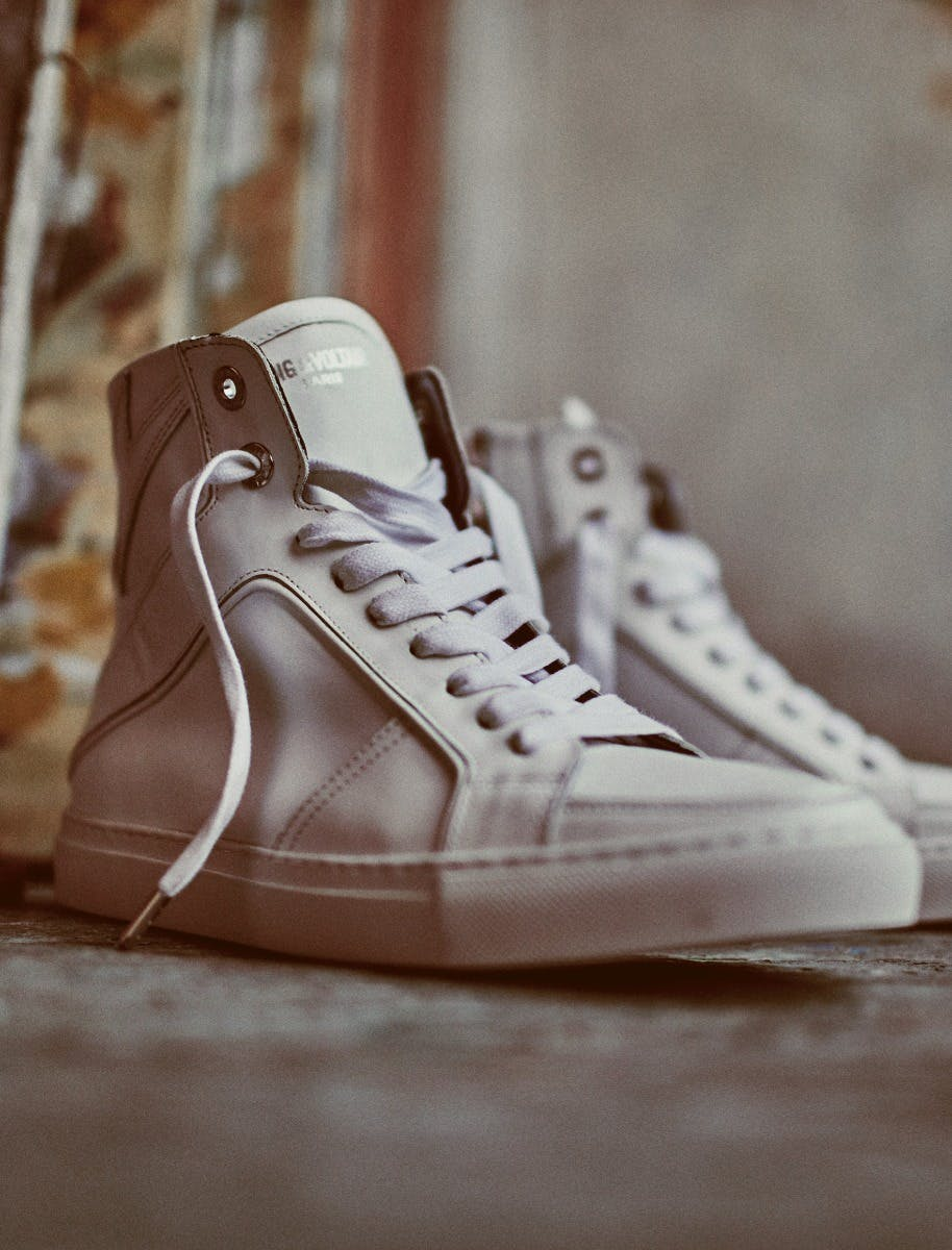 Discover our sneakers collection